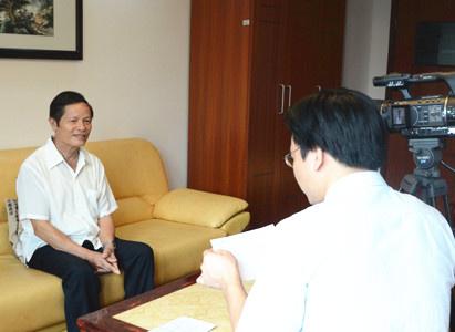 Dũng sỹ chống ung thư đến từ Việt Nam chia sẻ kinh nghiệm điều trị bệnh