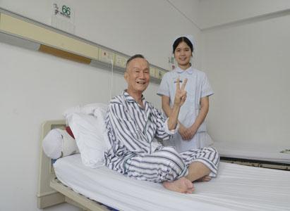 ung thư thực quản, điều trị ung thư thực quản, điều trị can thiệp, điều trị miễn dịch sinh học, Bệnh Viện Ung Bướu Hiện Đại Quảng Châu