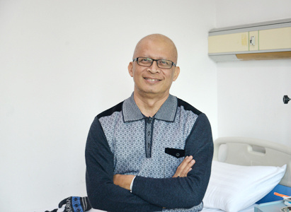 ElANG MOCHAMAD: Minimally Invasive Therapies Help Me Fight against Lung Cancer