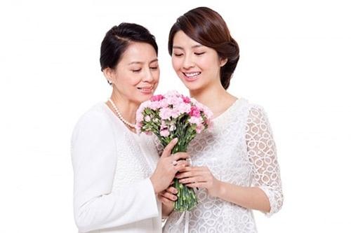 """""""Hoạt động hỗ trợ chi phí quy mô lớn trong tháng yêu thương dành tặng mẹ """" của Bệnh Viện Ung Thư St.Stamford Quảng Châu"""