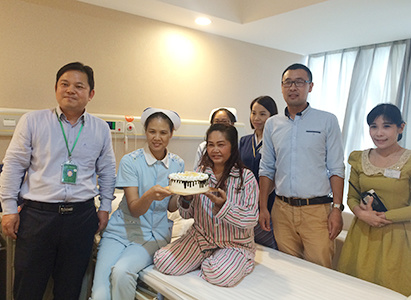 Thailand, Mother's Day, St. Stamford Modern Cancer Hospital, kanker payudara, minimal invasif